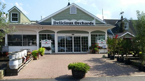 Delicious Orchards Market