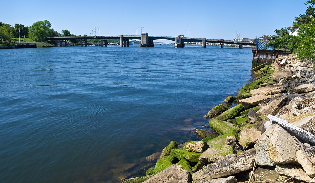 Shrewsbury Rumson Bridge NJ