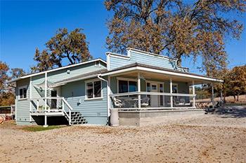 21892 J St., Santa Margarita 93453
