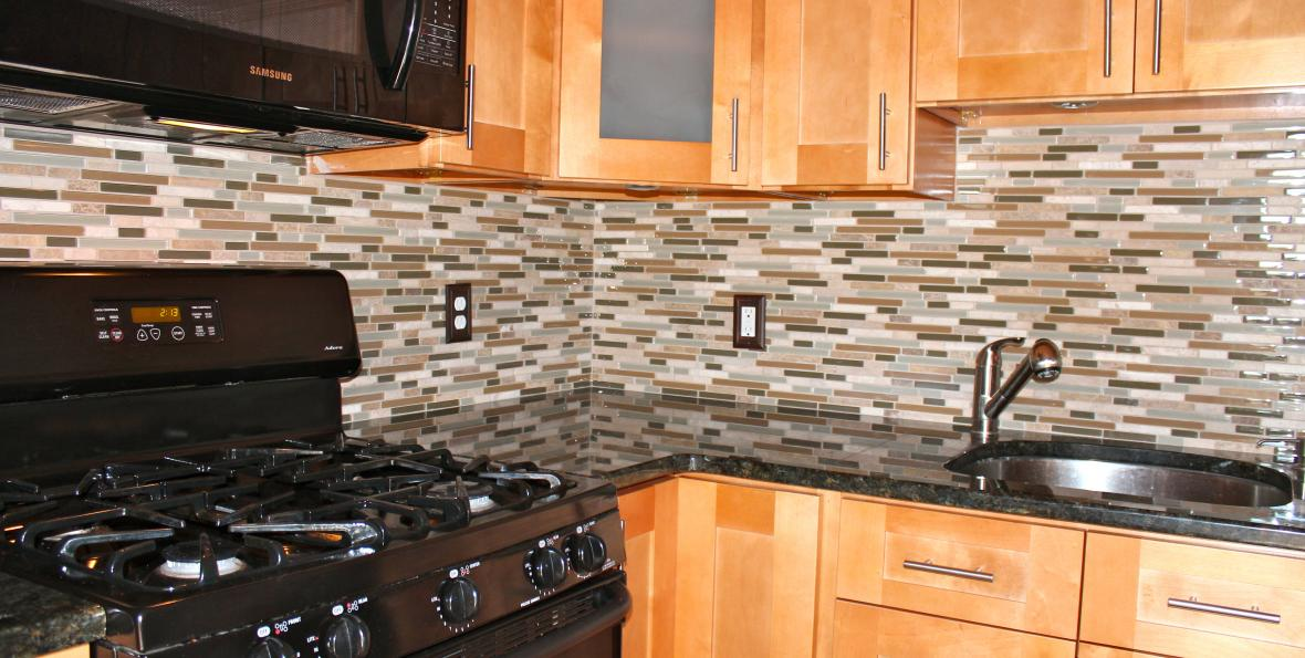 outdated backsplash - The Turwitt Team