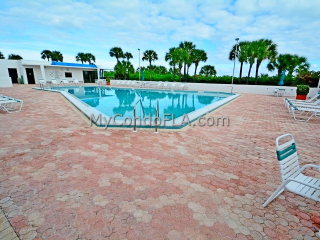 2100 Towers Condos Cocoa Beach, FL Terry Palmiter