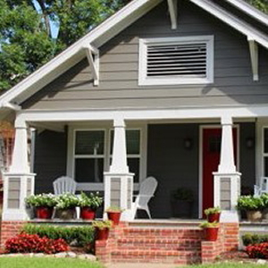 Picture of Atlanta bungalow links to Intown Atlanta Homes for sale page.