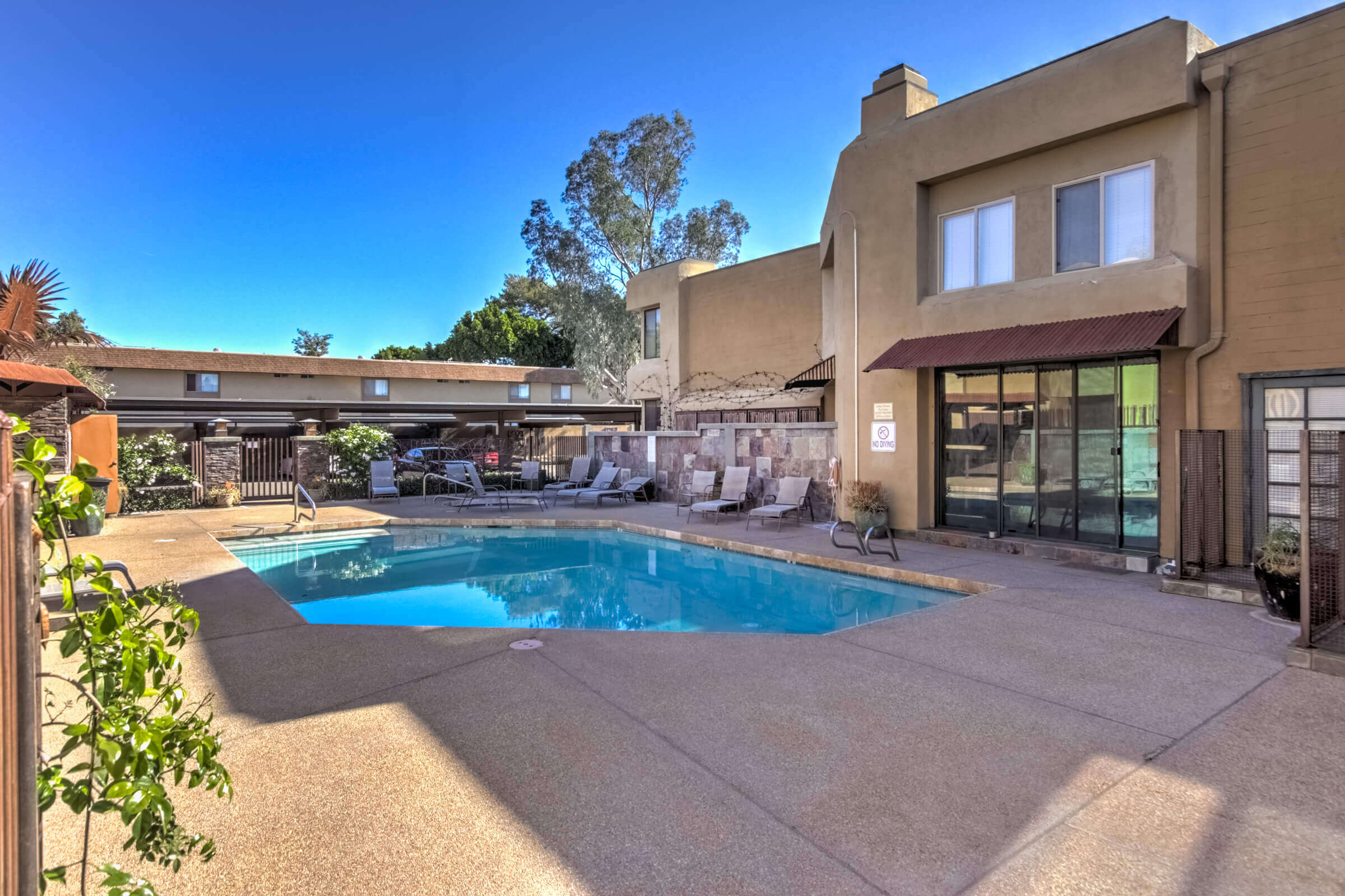 AZ Real Estate Pool