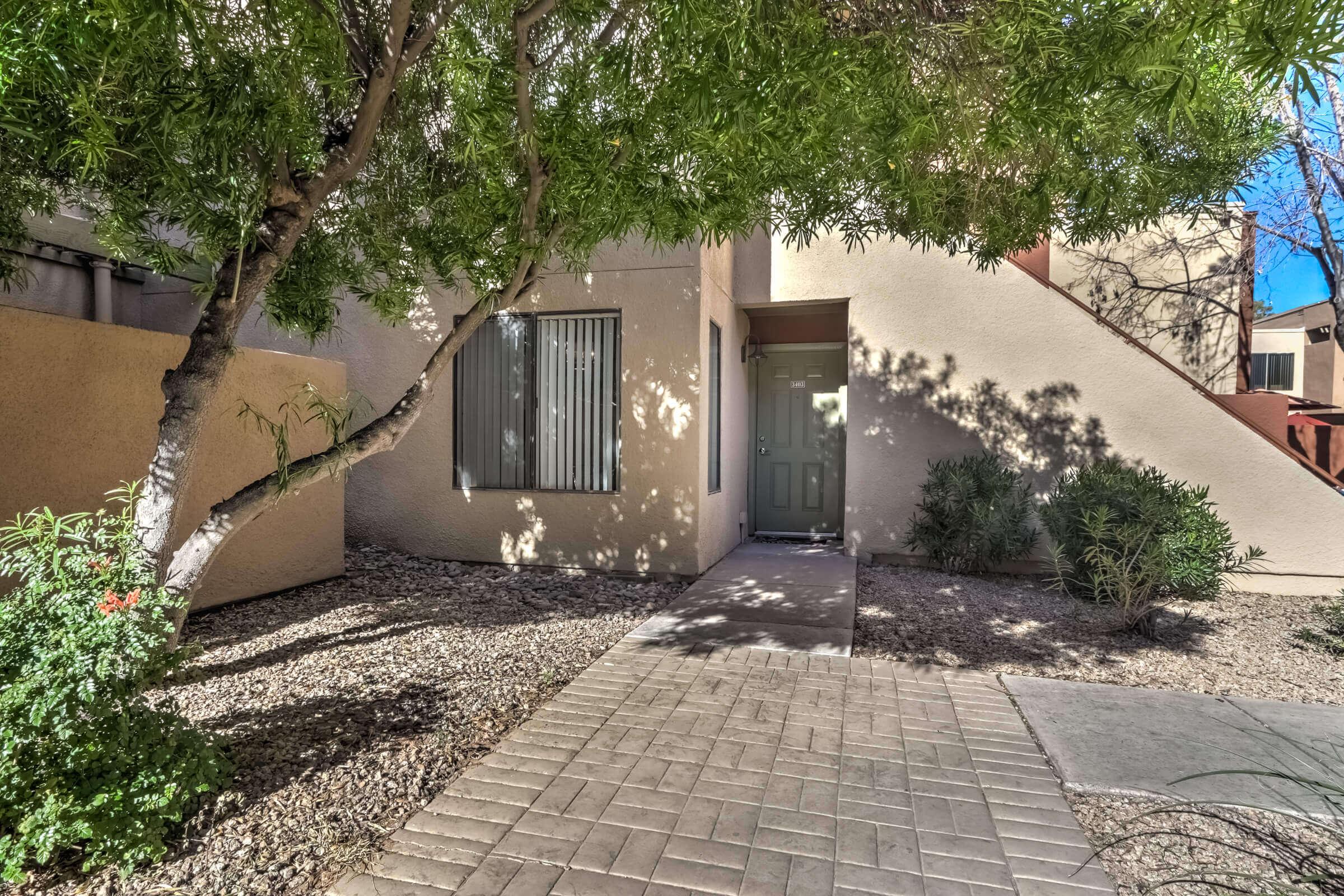 Condo for Sale in Scottsdale