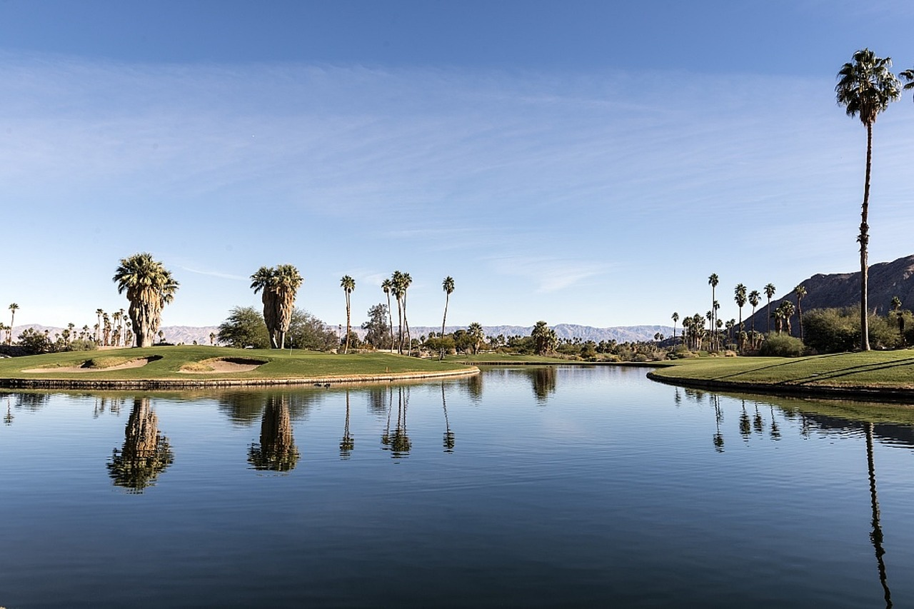 Scottsdale Golf Course Community