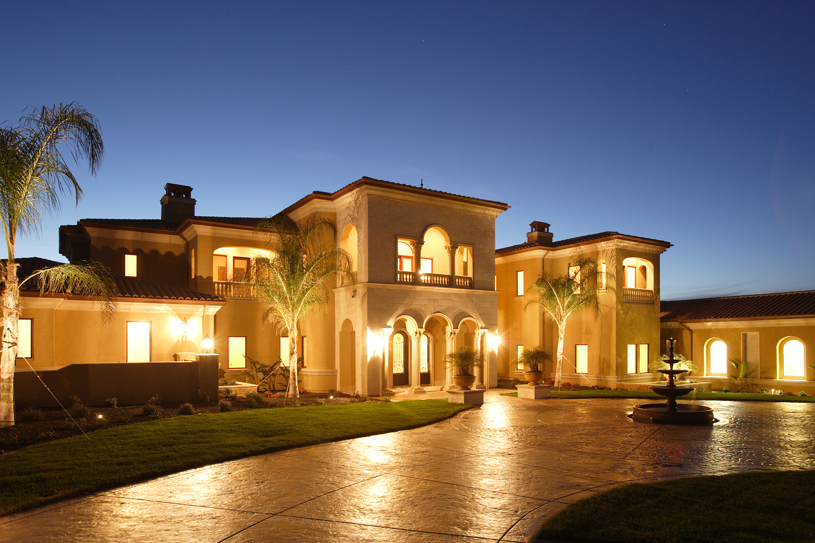 Seeking Arizona Luxury Homes