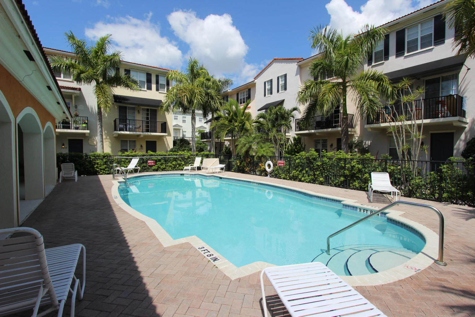 Greenwich at Abacoa Pool TheShattowGroup