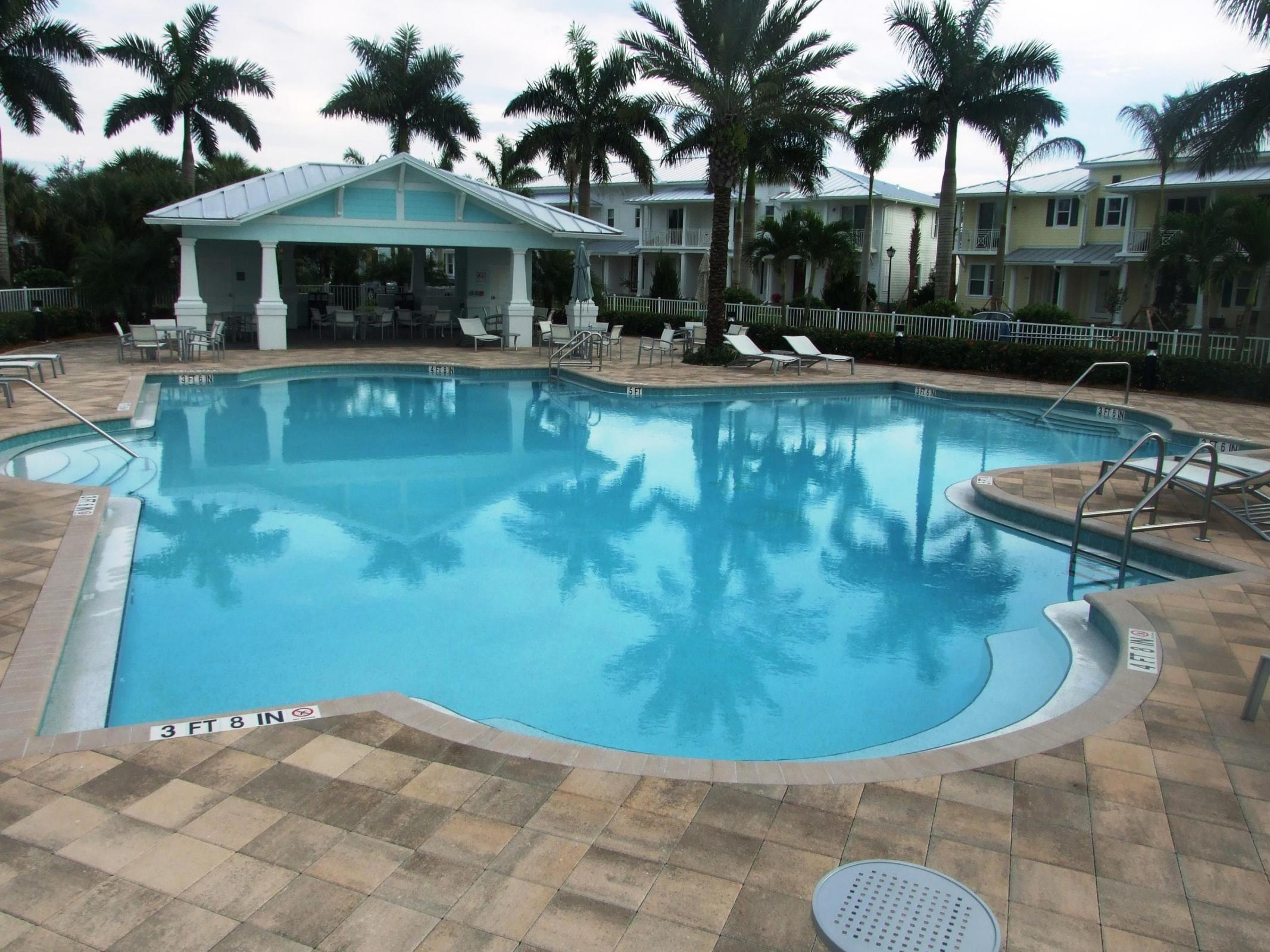 Windsor Park at Abacoa Pool TheShattowGroup
