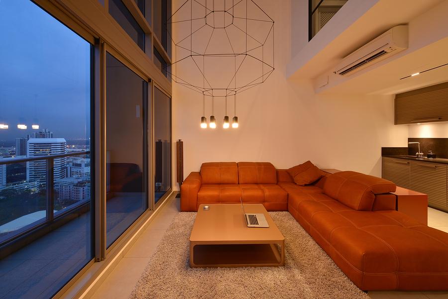 Find luxury condos in The Loop real estate.