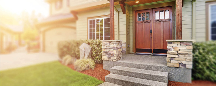 Maximize Curb Appeal When Selling Your Home