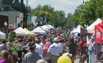 Crowd at Taste of Louisville
