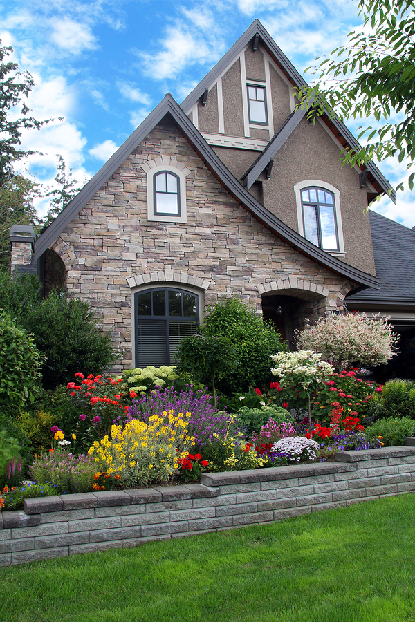 Decorate Dawson Springs property for fall.
