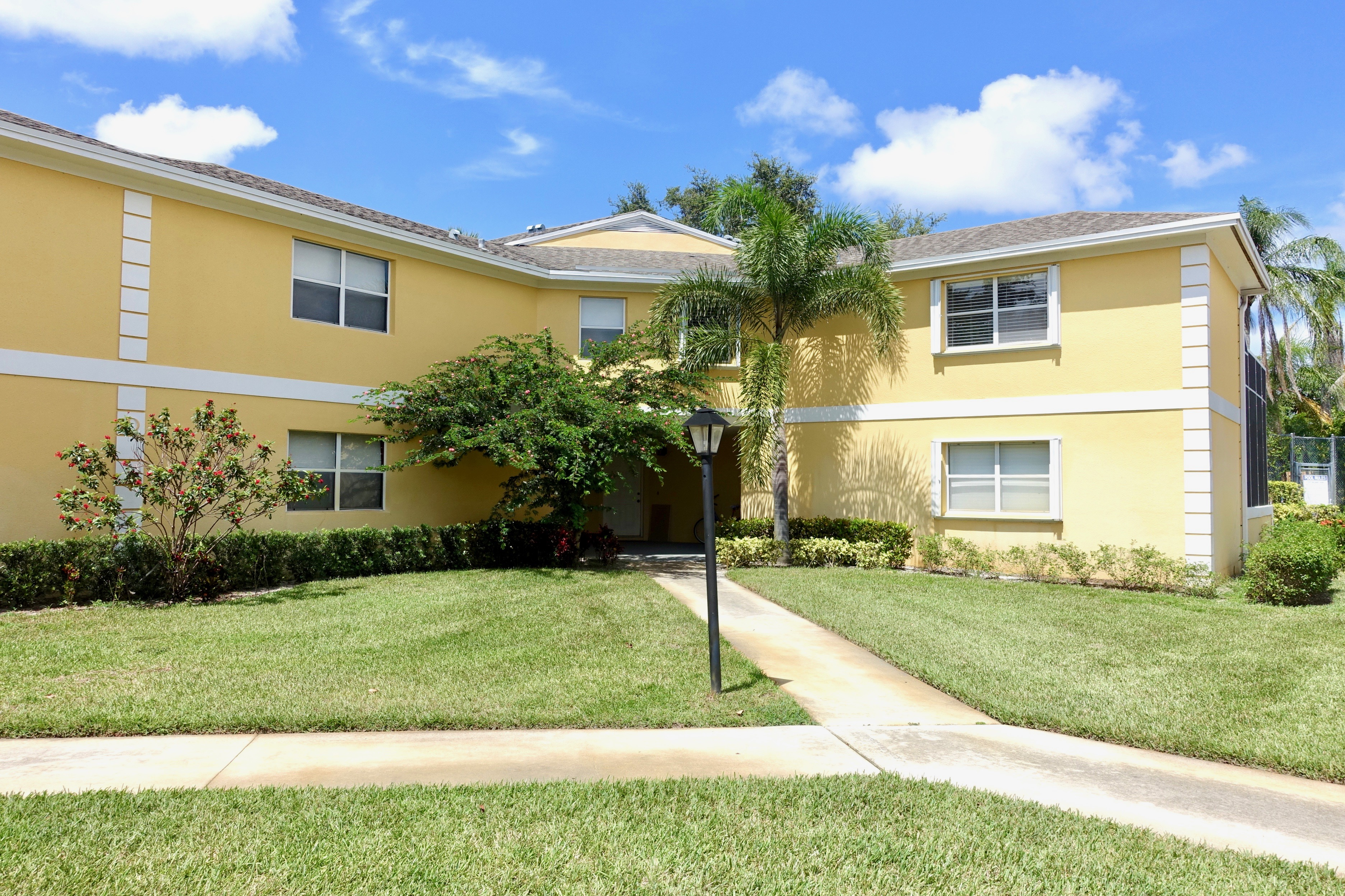 71 Beech Tree St., Stuart, FL 3494