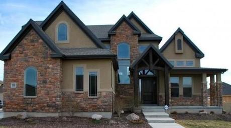 Crescent Hollow homes in Sandy Utah