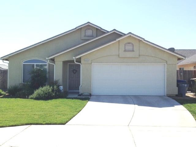 5574 E Belgravia Ave Fresno, CA 93727