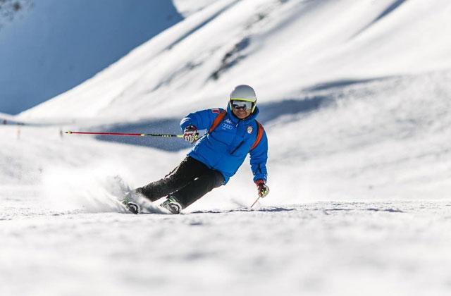 truckee california skiing