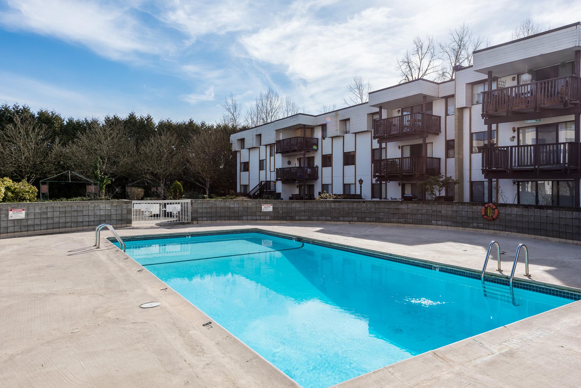 outdoor pool at Wildwood Terrace