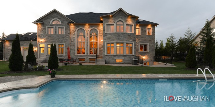 Luxurious Weston Downs Homes