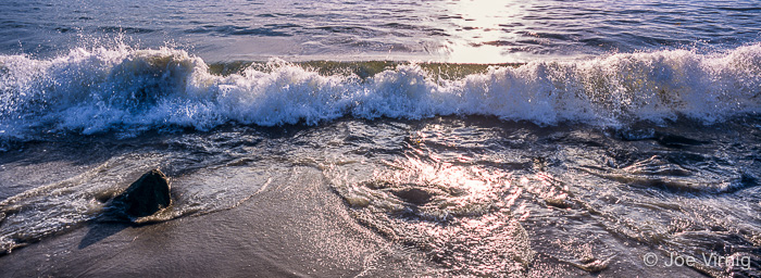 Wave at Marina Park in Ventura