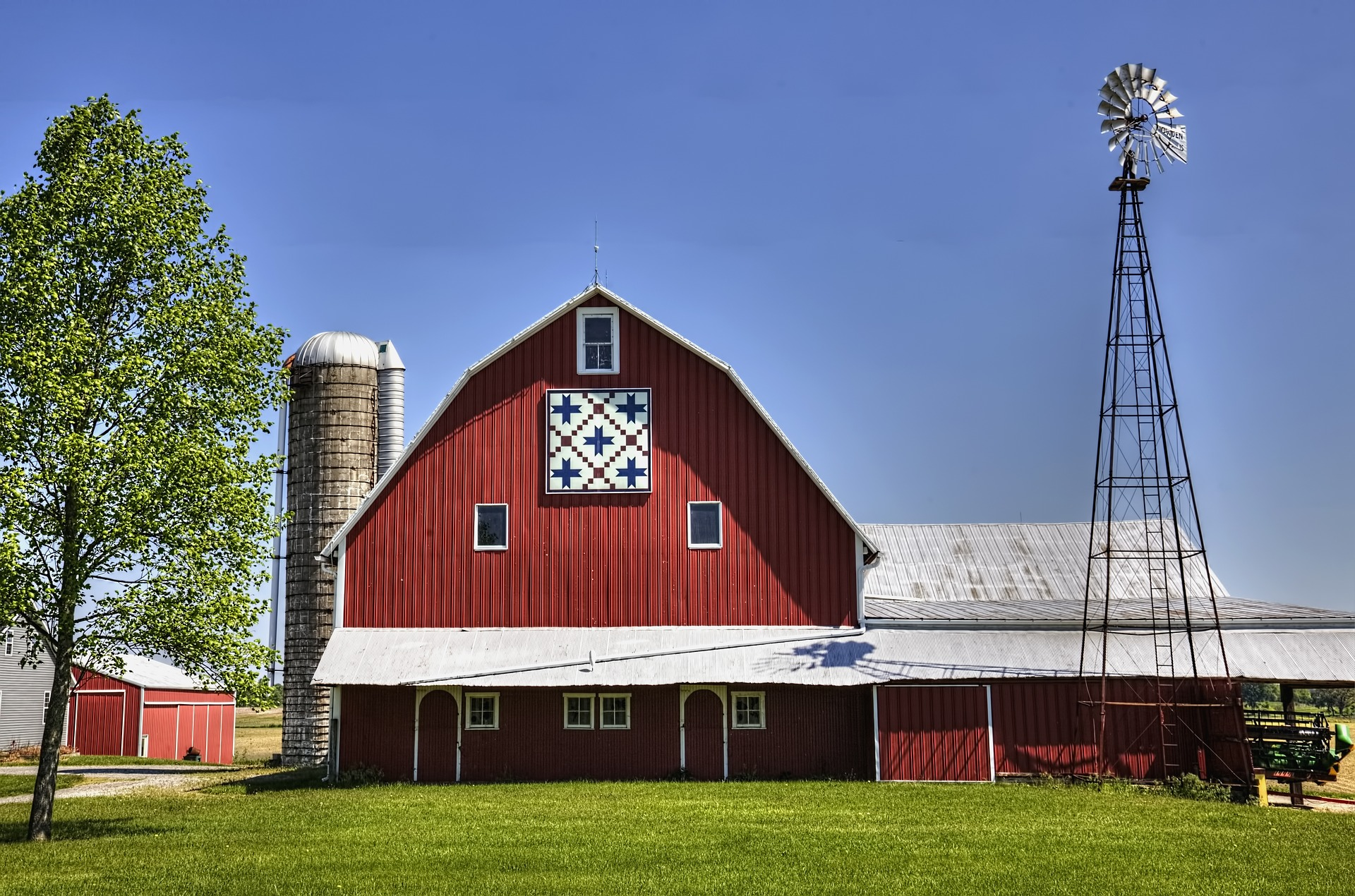 Maryland Farm with a Quilt and Windmill