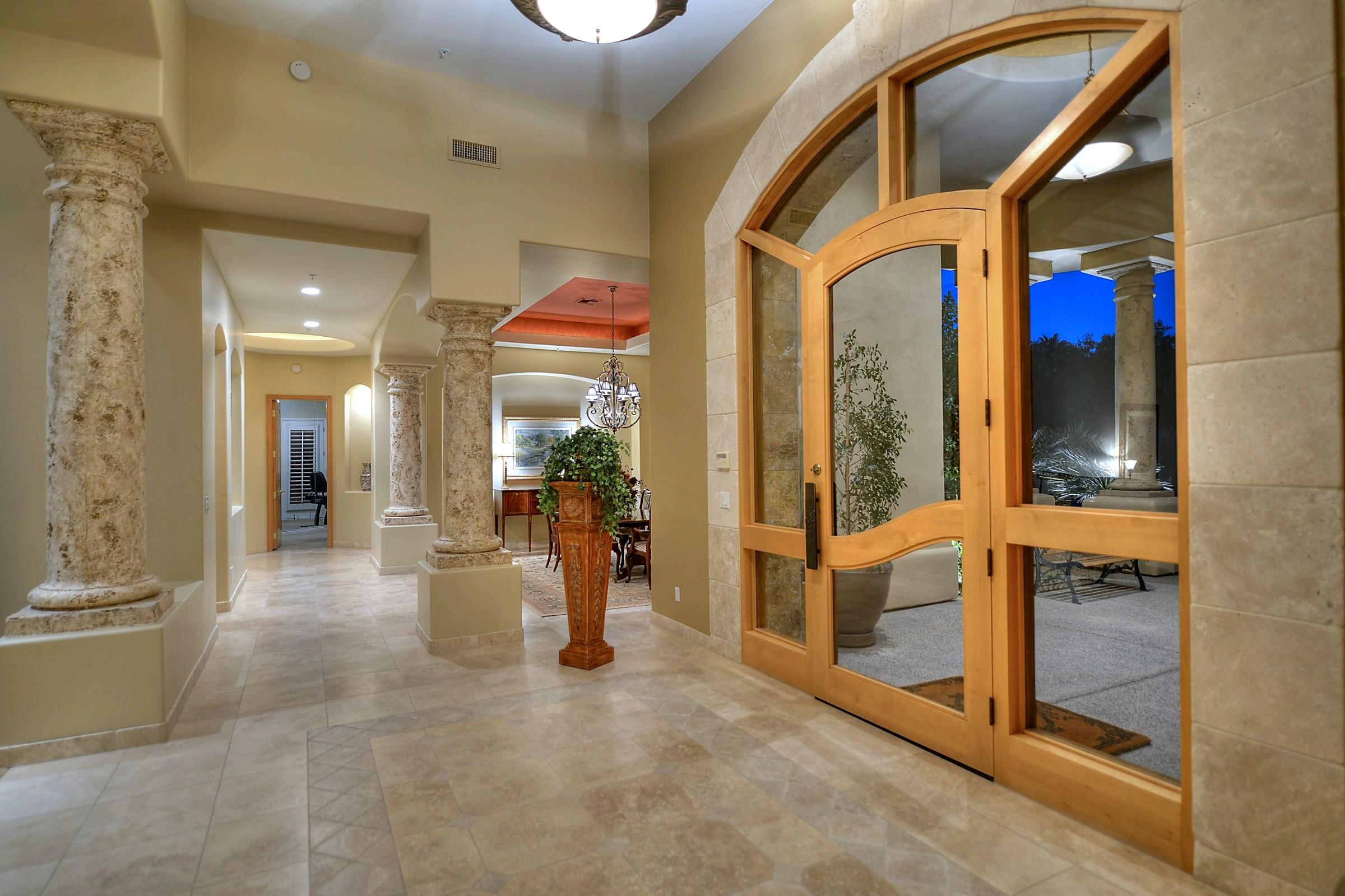 ScottsdaleHomeFoyer