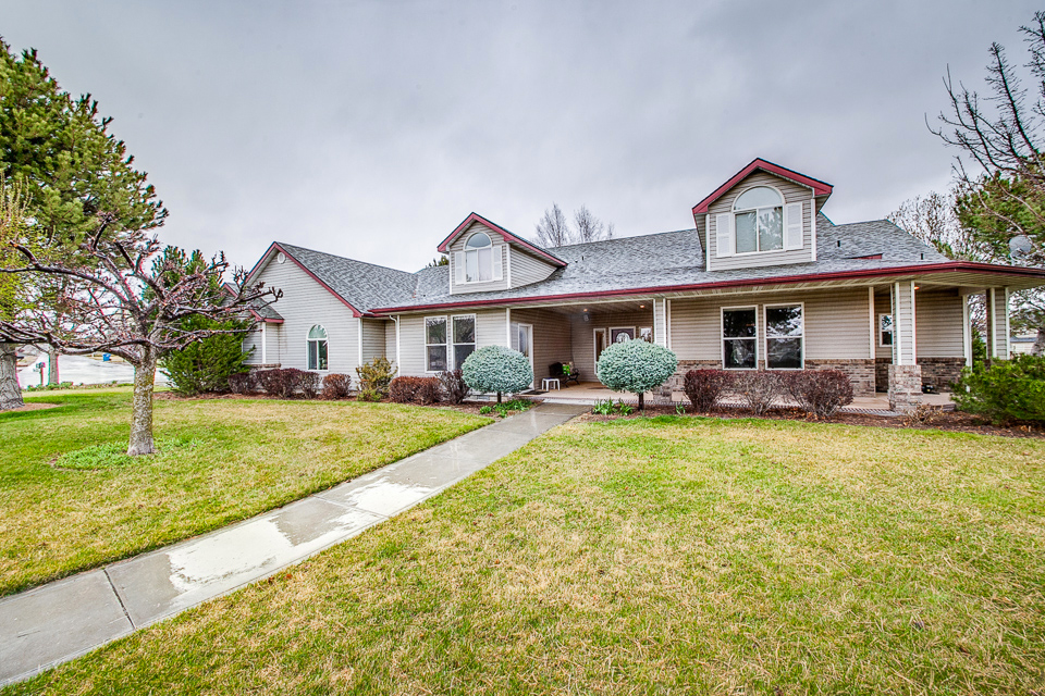 2560 N Anacortes Lane, Eagle, ID 83616