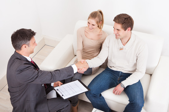 Using a Friend or Family Member as Your Real Estate Agent