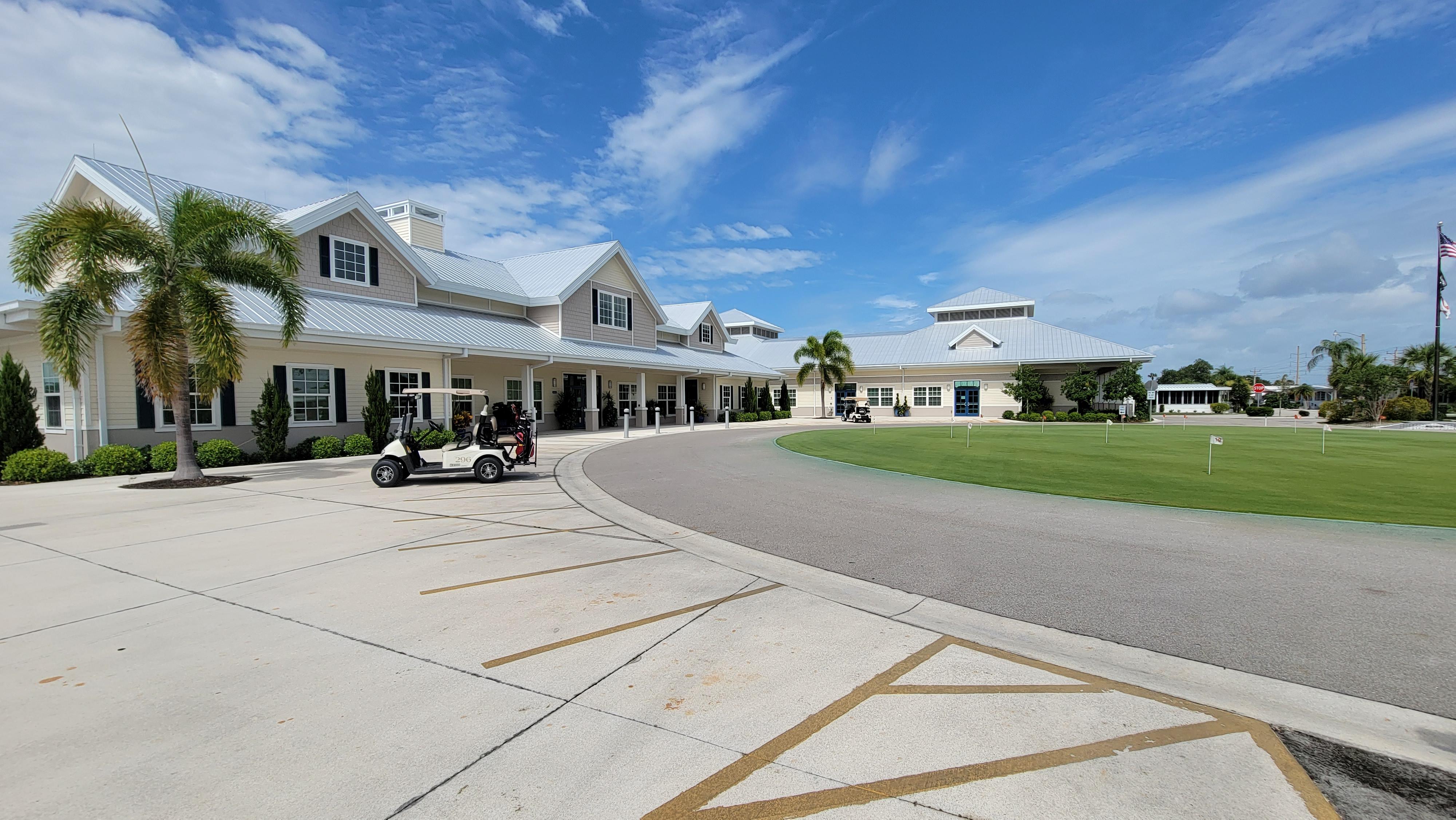 Six Lakes Golf Course Community