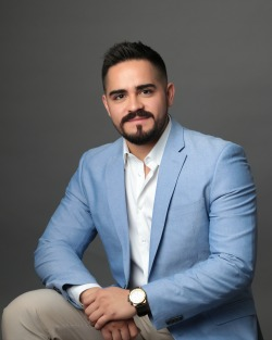 Adriel Martinez Garza | Executive Real Estate