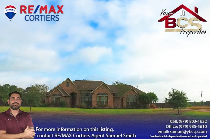 sadle creek college station texas suburban home view from the street