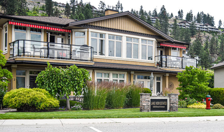 Lakeview Estates Townhomes for Sale on Beach Ave. in Peachland, BC
